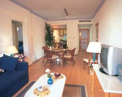 Superior Two Bedroom Apartment