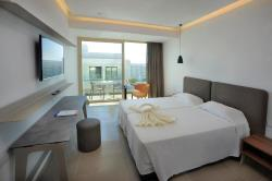 Luxury Double Room with Inland View
