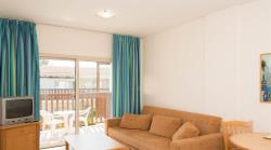 ONE BEDROOM APARTMENT LAND VIEW  with Double or Tw