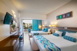 Family-Side-Sea-View-room