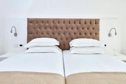 standard Grecian Park Hotel