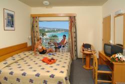 Okeanos Bedroom