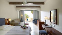 junior-suite-sea-view-east