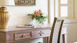 one-bedroom-suite-garden-view-(2)