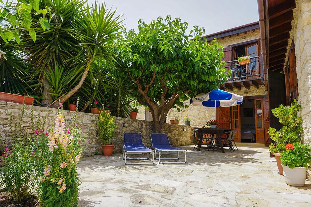 Yard - Iacovos House