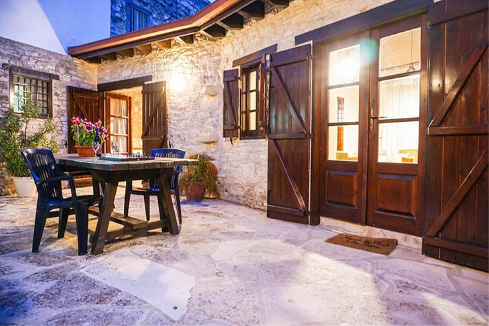 Yard - Pantelis House