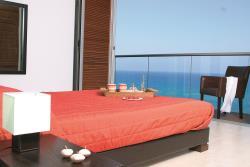 aquamarine bed