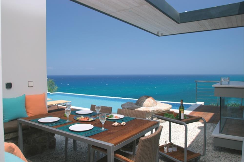 Aquamarine Outside Dining