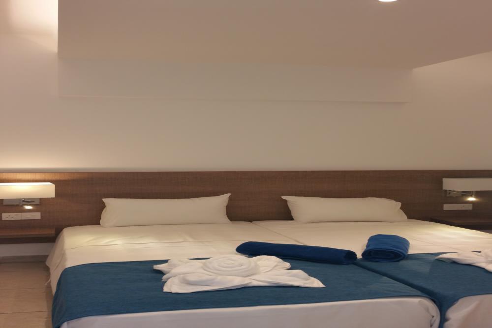 2 bedroom 1234