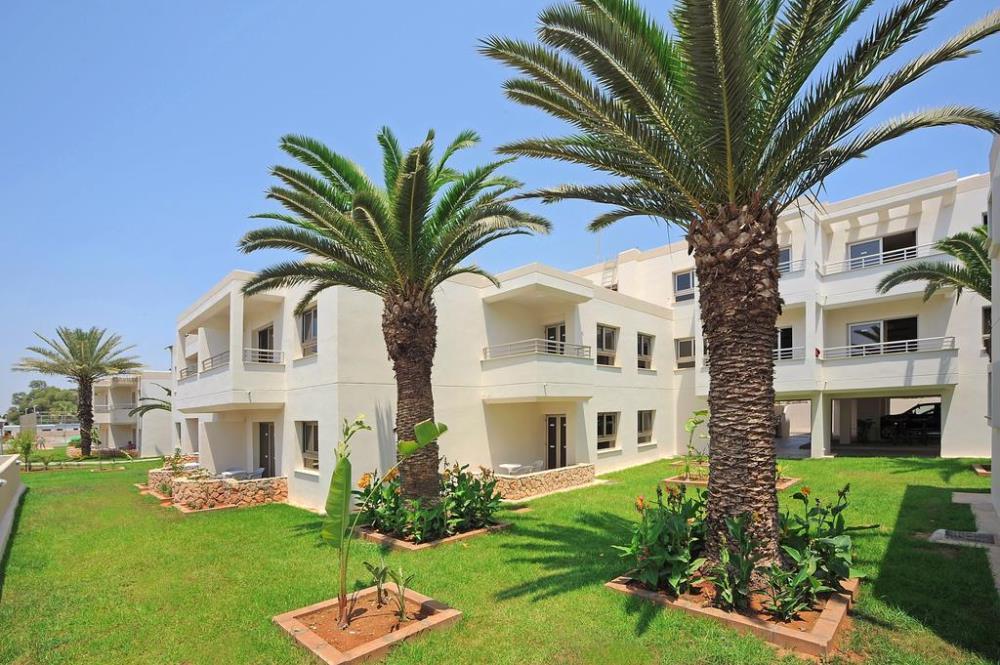 Euronapa Hotel Apartments Exterior3