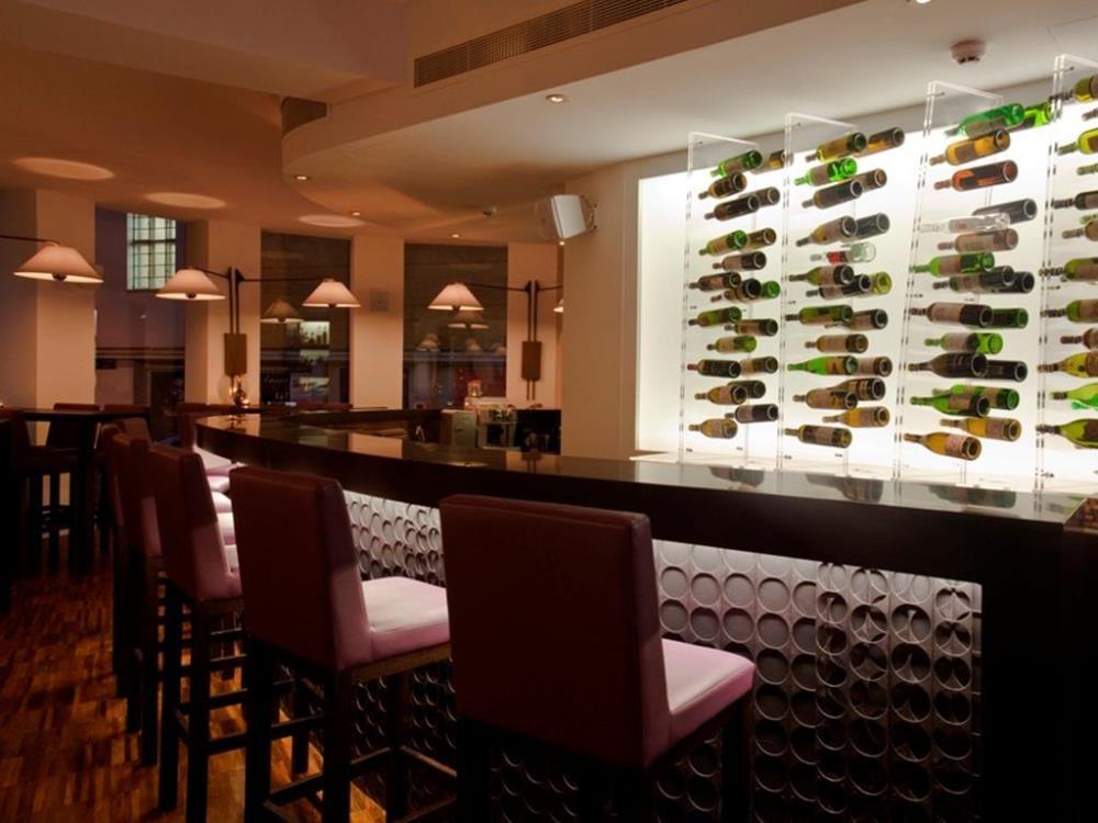 Blue Wine Bar