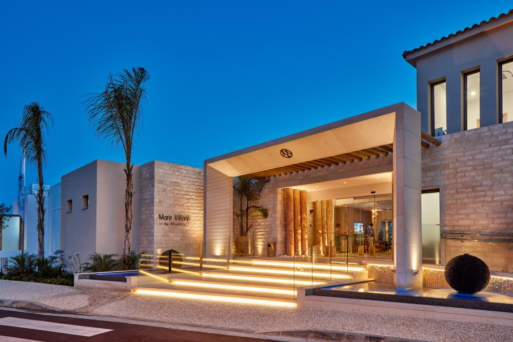 Hotel_Entrance (4)