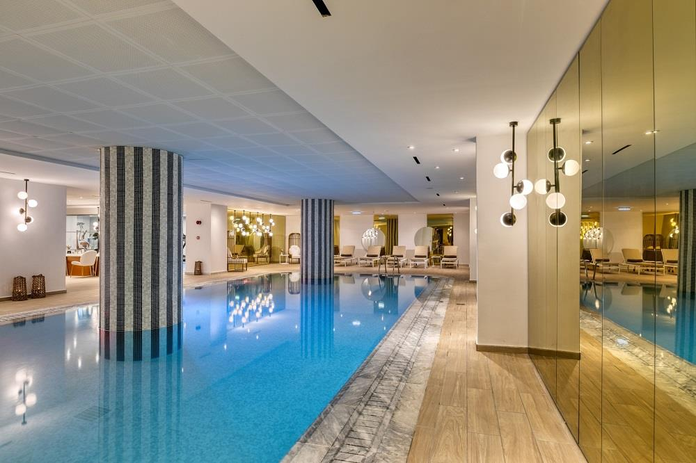 indoor pool - spa