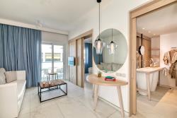 One Bedroom Suite3