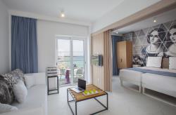One Bedroom suite7