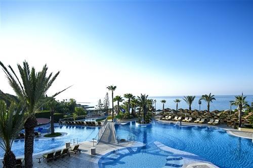 Four Seasons Hotel, Main Pool