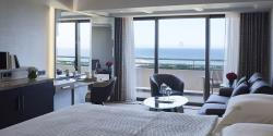 Family-Sea-View-Room-01