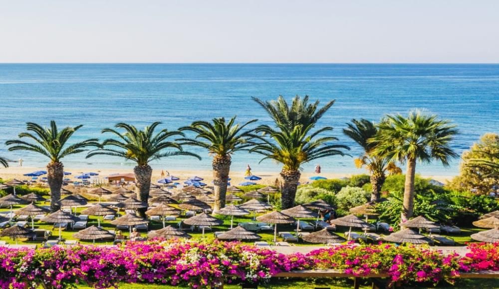 Beach-area_Alion-Beach-Hotel_Ayia-Napa_Cyprus-1-10