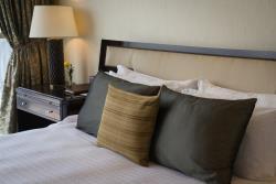 Presidential_Suite_Bedroom_R