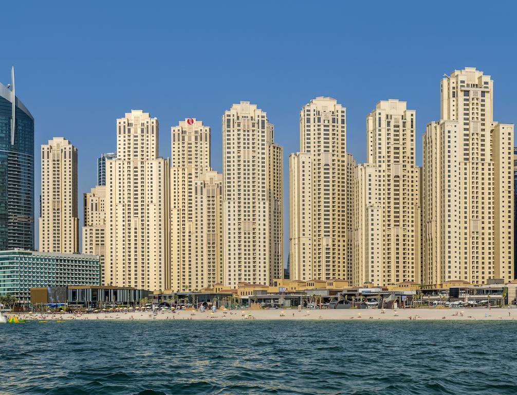 Дубай отель рамада плаза джумейра бич купить недвижимость в южной корее