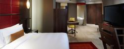 jumeirah-creekside-hotel-dublex-suite-bedroom-01-h