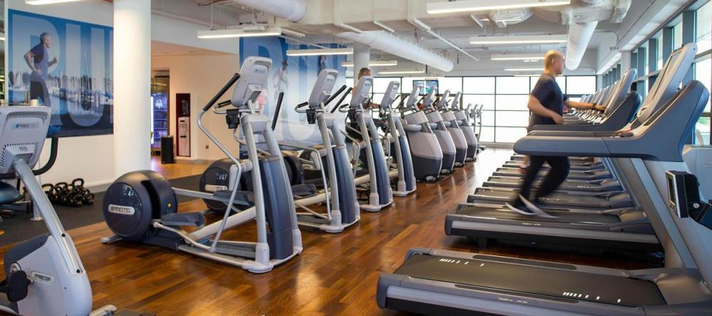 jumeirah-creekside-hotel-the-aviation-club-gym-her