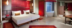 jumeirah-creekside-hotel-deluxe-xl-rooms-02-hero
