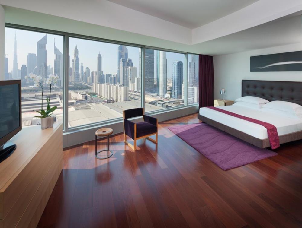 Club Three-Bedroom Apartment
