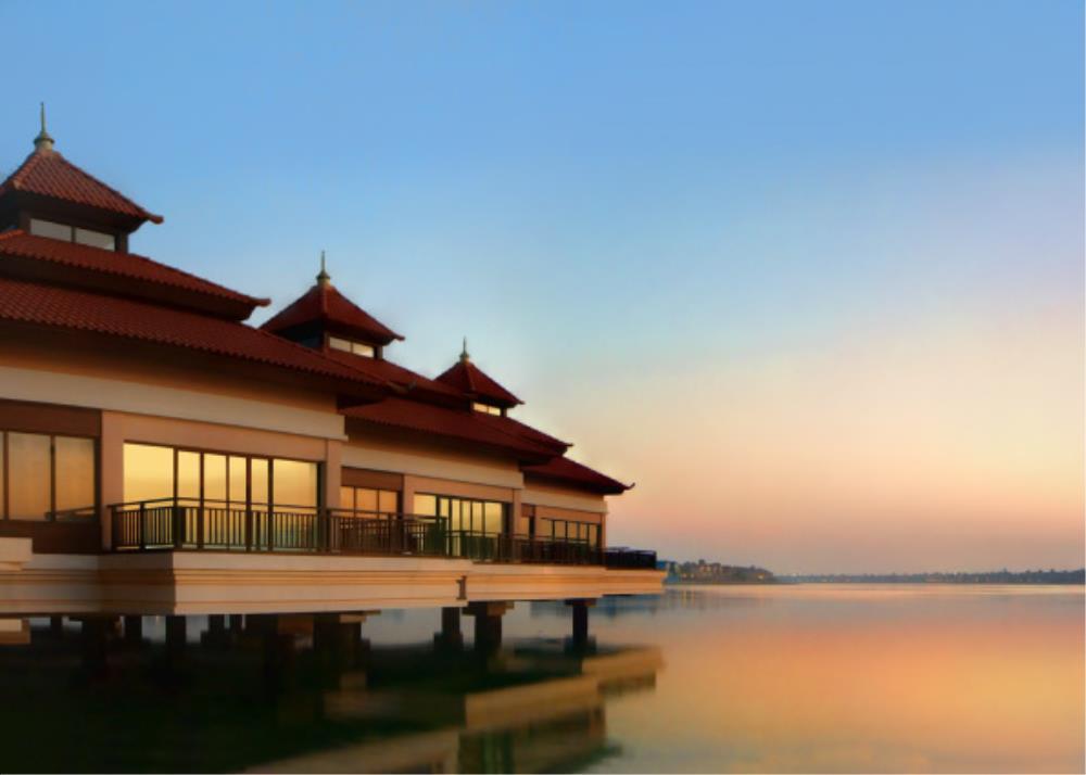 Anantara_the_Palm_Dubai_Over_Water_Villa_Sunset-AD