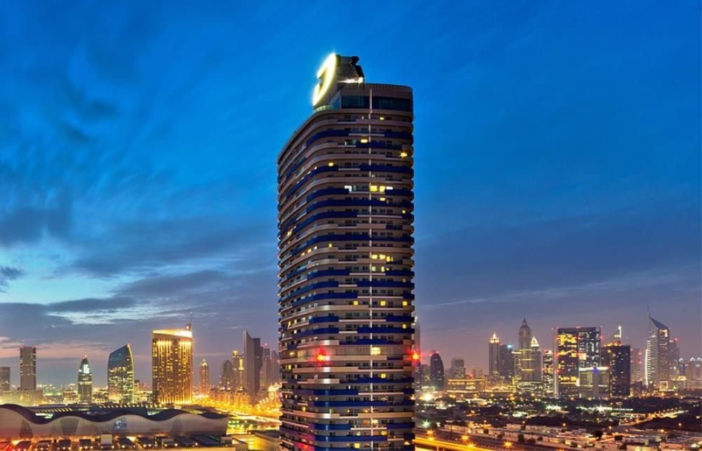 Dubai-Mall-Street-Exterior
