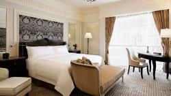 St-Regis-Dubai-Hotel---Sir-Winston-Churchill-Suite
