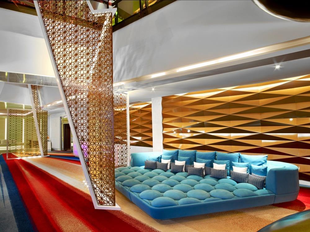 V-Hotel-Dubai-Curio Collection-by-Hilton-V-Lounge-