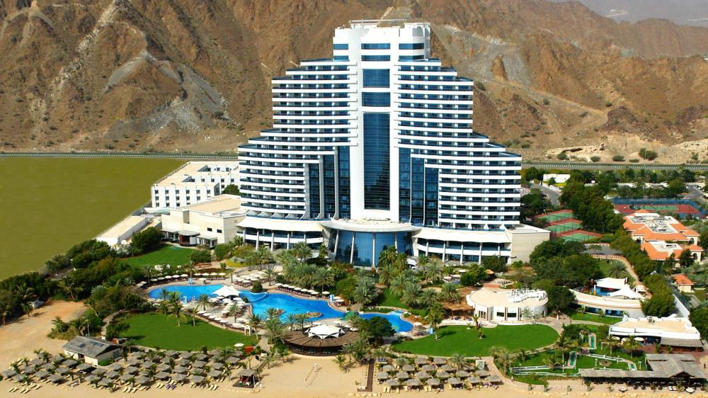 Le_Meridien_Al_Aqah_Beach_Resort_2