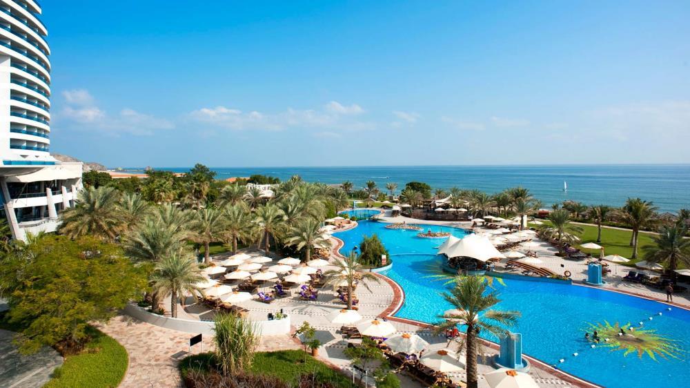 Le_Meridien_Al_Aqah_Beach_Resort_3