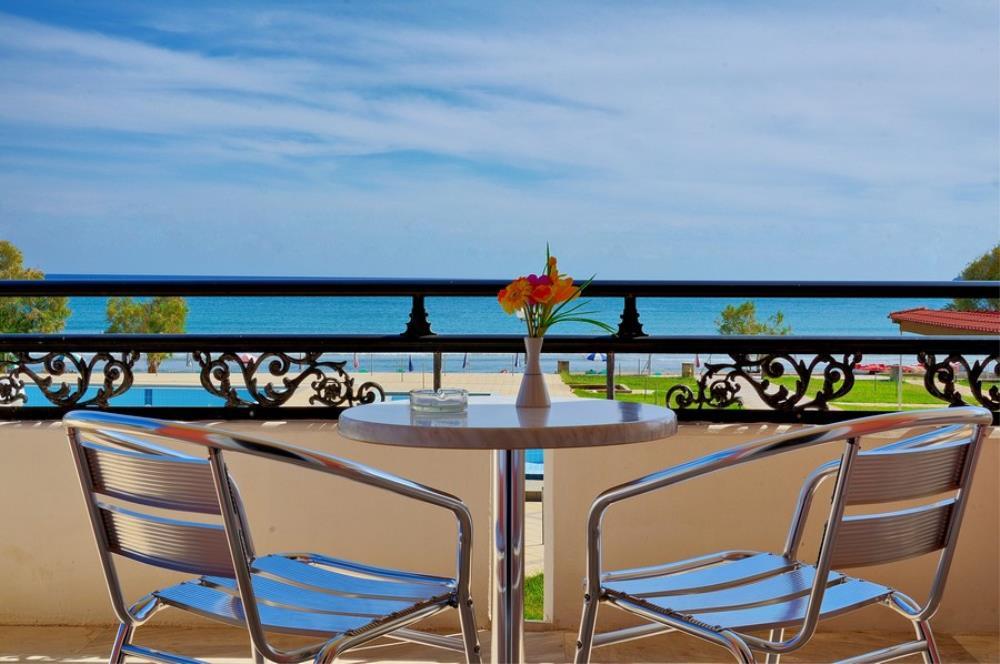 astir-beach-room10