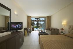 Junior Suite, Private Pool, Beachfront