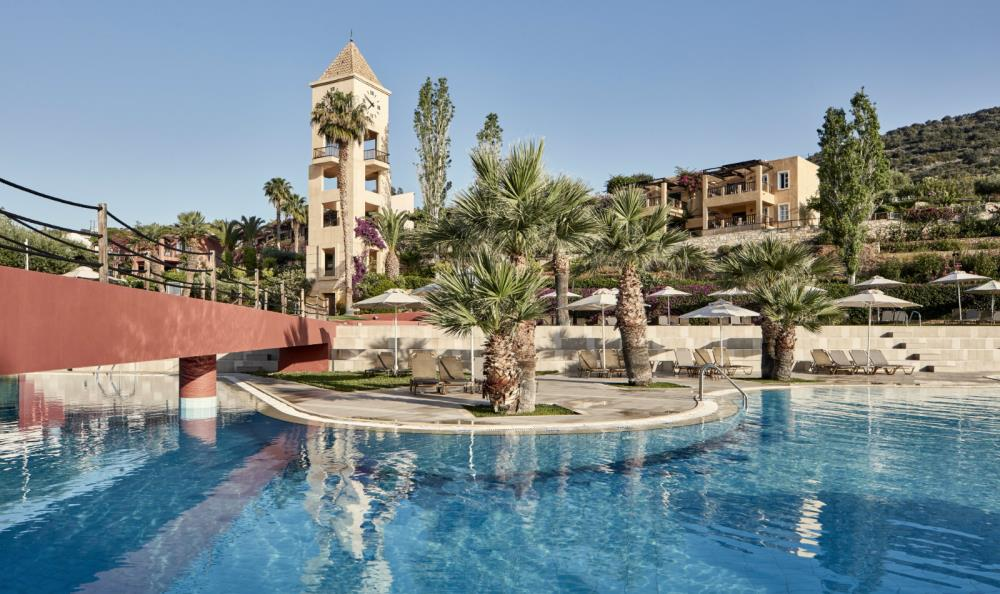 swimming-pool-clock-tower-candia-park-village