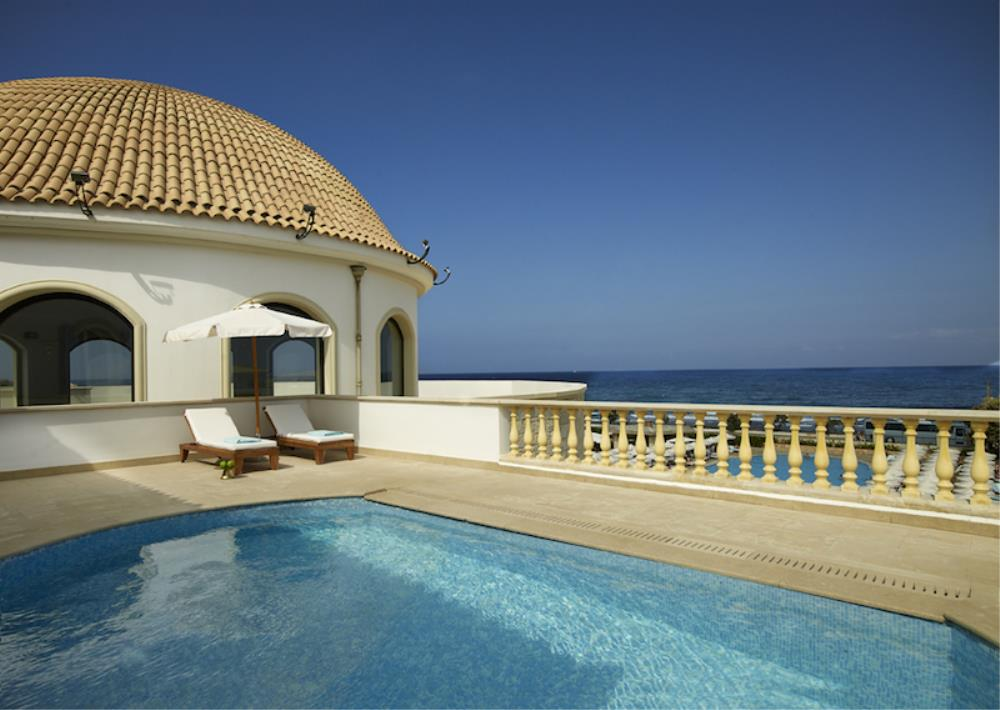 Presidential Suites with Private Pool 5