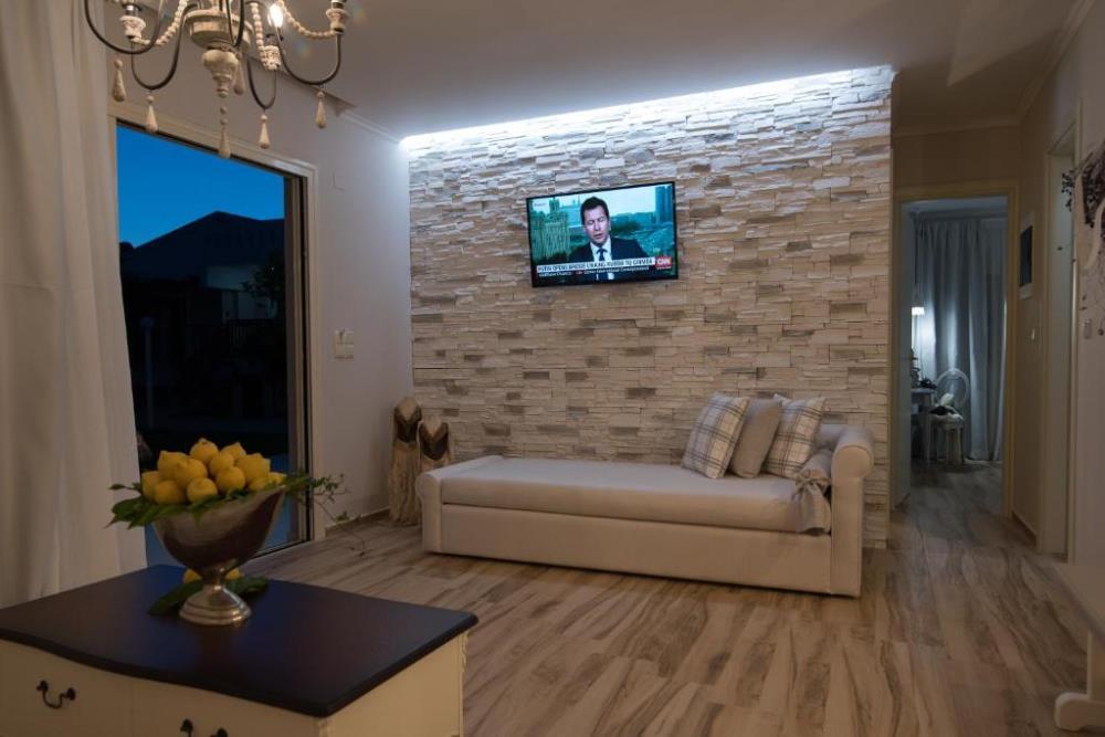 Luxury Two-Bedroom Apartment2