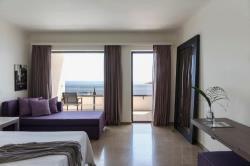 one bedroom suite upper deck seaview