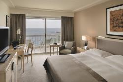 Executive King Sea View1