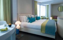 Deluxe 60's Rooms