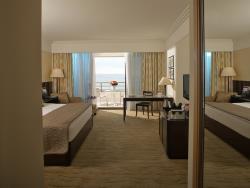 Le Royal executive room sea view