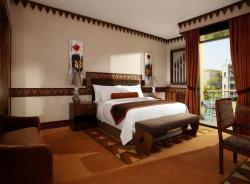 Grand Deluxe With View & Balcony3