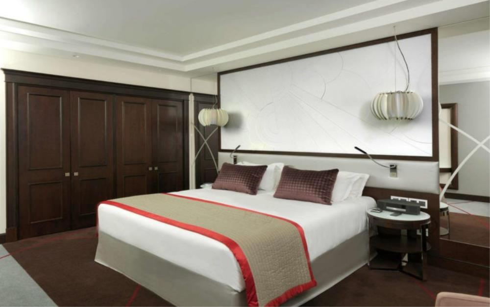 LUXURY ROOM, 1 King Size Bed