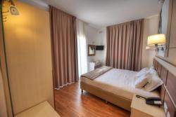 junior-suite-room-6-min