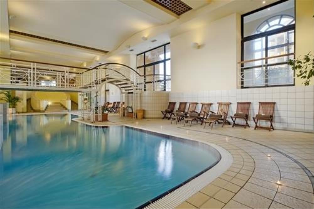 Corinthia Hotel St. George's Bay Indoor Pool