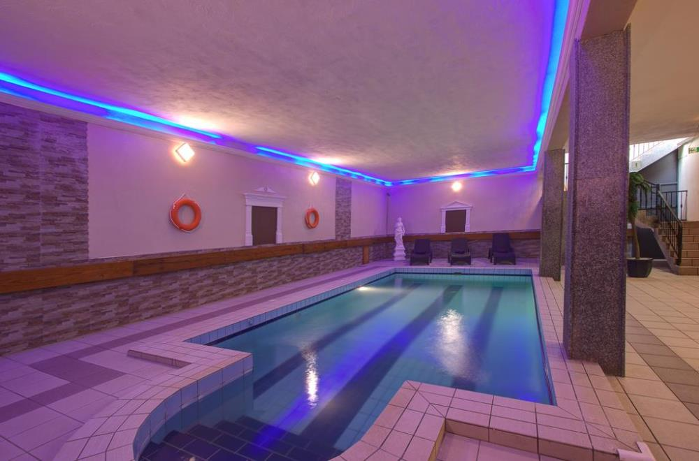 indoor pool2