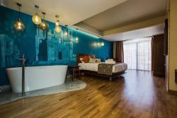 Deluxe Double Room2